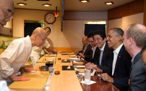 Nhà hàng sushi từng phục vụ cựu Tổng thống Obama bị tước hết sao Michelin