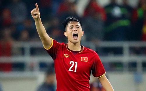 HLV Park Hang Seo công bố danh sách 28 cầu thủ tập huấn ở Hàn Quốc: Đình Trọng tái xuất. Văn Hậu không góp mặt
