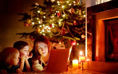 Tặng sách - Phong tục đón Giáng sinh ý nghĩa của Iceland