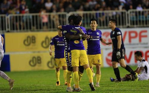 Highlights và bàn thắng: Hà Nội 2-1 B.Bình Dương