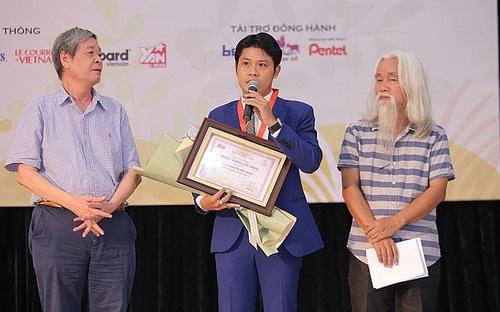 Nhạc sĩ Nguyễn Văn Chung: Giải 'Khát vọng dế mèn' như ngọn lửa tiếp sức