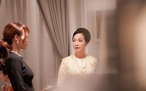 """Gái già lắm chiêu 3: Mẹ chồng Lê Khanh hóa ra từng """"thần tượng"""" con dâu Ninh Dương Lan Ngọc"""