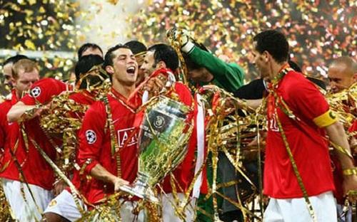 Ronaldo vẫn mơ ngày trở lại MU?