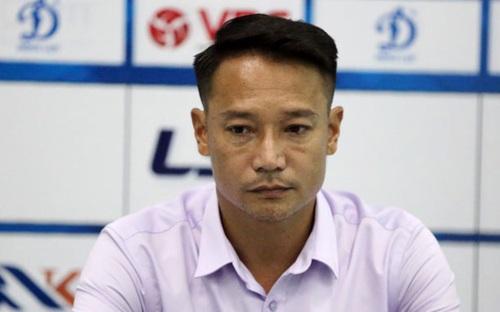 HLV Vũ Hồng Việt từ chức sau 7 vòng đấu V League 2020