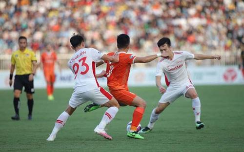 VIDEO: Highlights và bàn thắng: Bình Định 0-1 Viettel