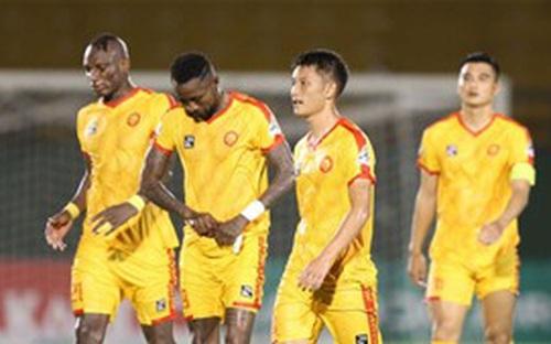 ighlights Hồng Lĩnh Hà Tĩnh 3-5 Thanh Hoá: Đội bóng xứ Thanh tạm thoát khỏi vị trí cầm đèn đỏ