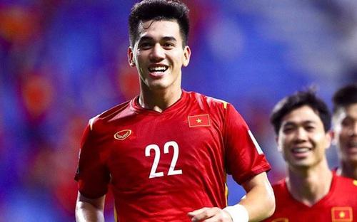 Tiền đạo Nguyễn Tiến Linh - Sát thủ của thầy Park trong chiến dịch World Cup 2022